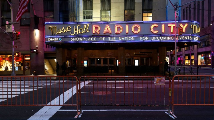 Radio City Music Hall closed due to covid-19